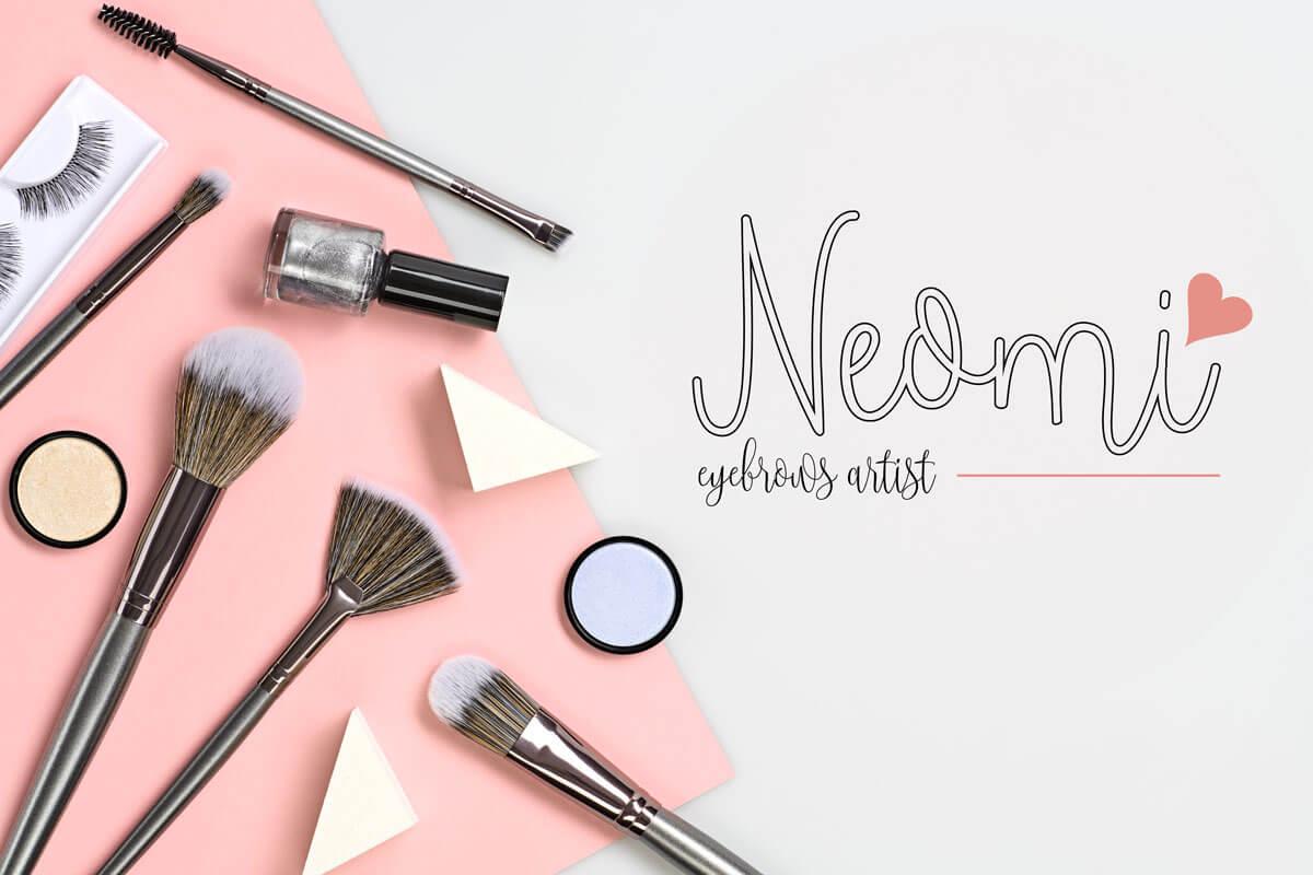 cosmetic-WXBBN4H-neomi-mockup